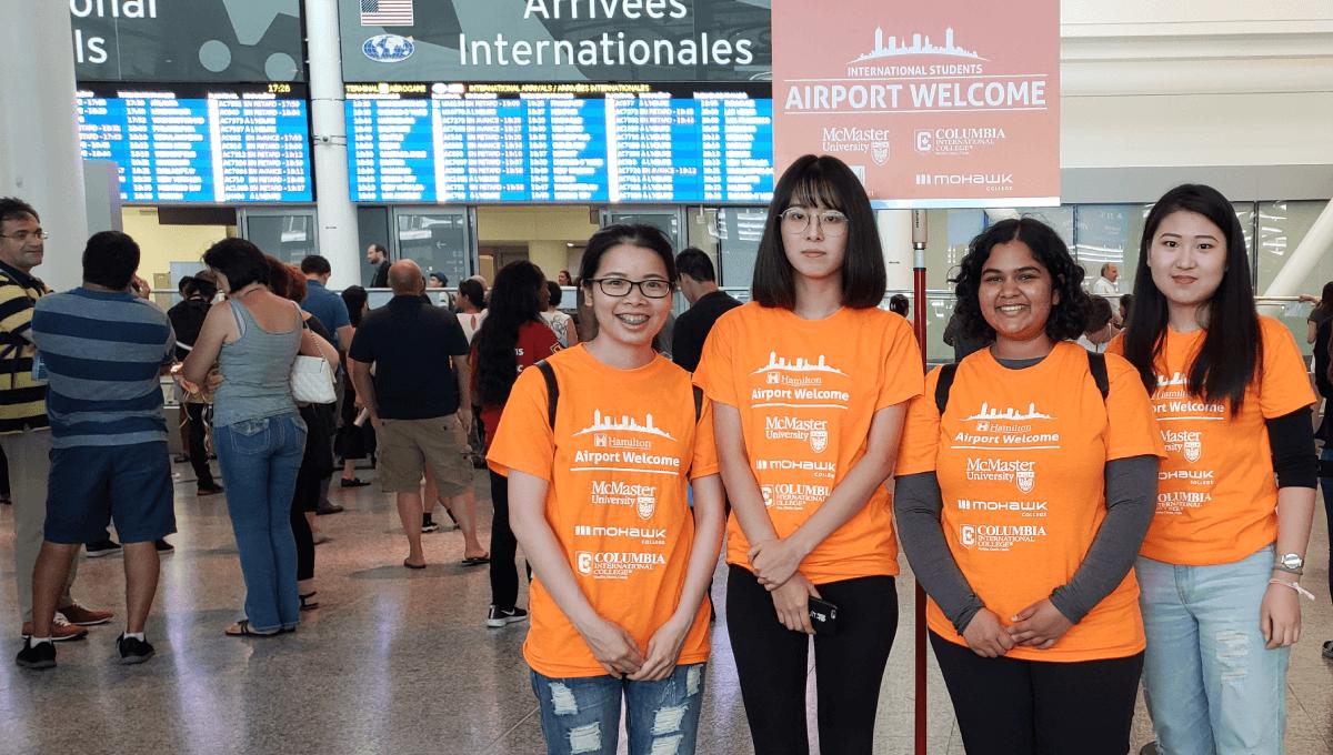 Manveetha with volunteers
